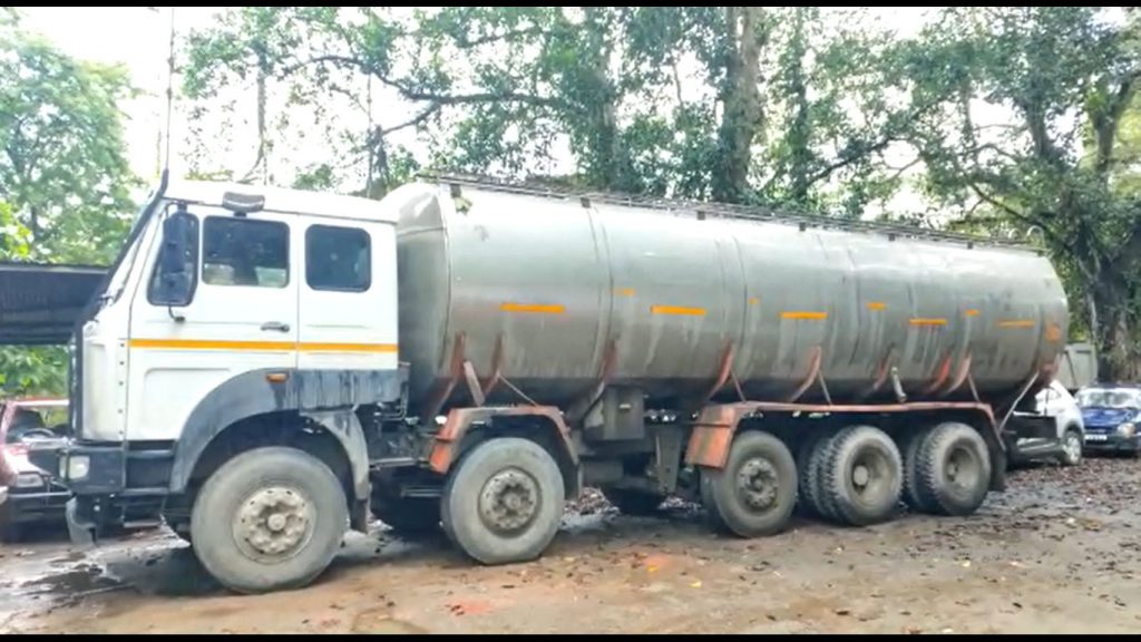 Digboi police bust crude oil theft gang, 9 held
